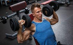 De 7 beste schouder oefeningen voor brede schouders